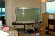 Гнутое стекло для аквариумов