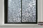 Рифленое стекло для окна на первом этаже