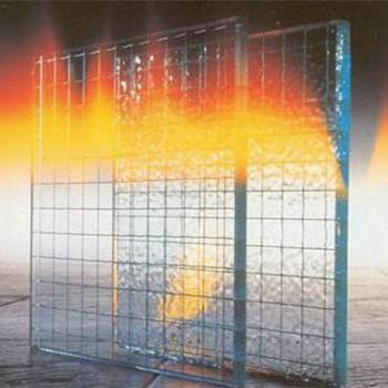 Армированное стекло: особенности и применение