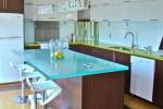 Где купить стеклянную столешницу в Екатеринбурге