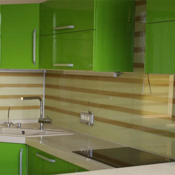 Какое стекло выбрать для кухонного гарнитура?
