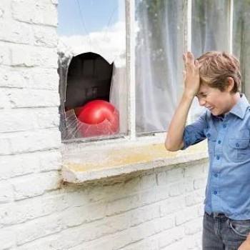 Разбилось окно, надо срочно заменить стекло